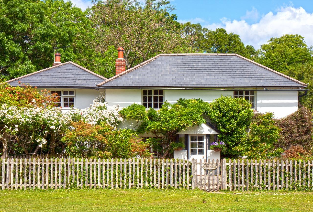 huis cottage met tuin